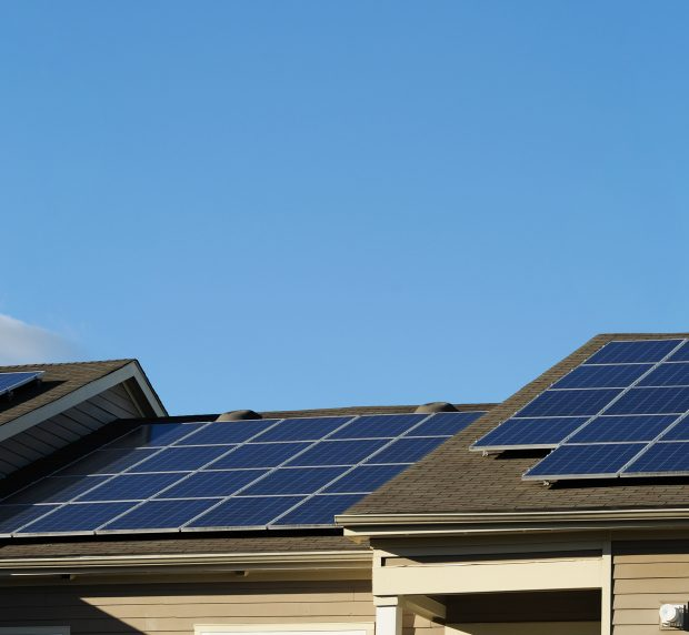 Comparing Solar Panel Installation Options
